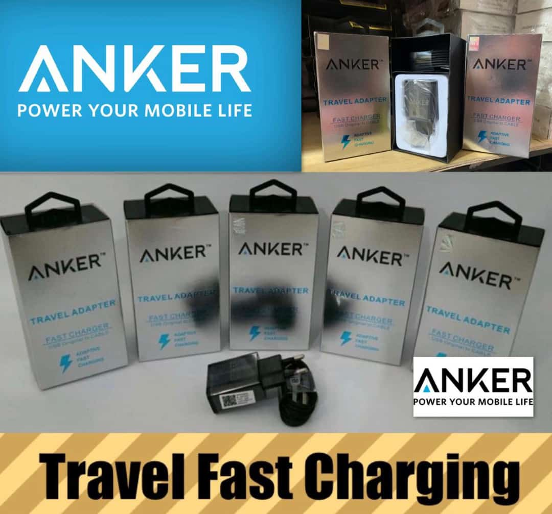 TRAVEL CHARGER ANKER